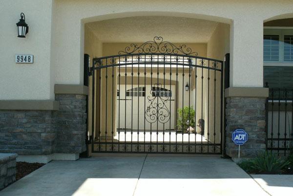 Iron Driveway Gates - Oakland, CA