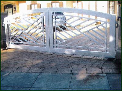 Wrought Iron Driveway Gate - Oakland